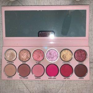 Kylie Cosmetics 2019 Valentines Day pallet